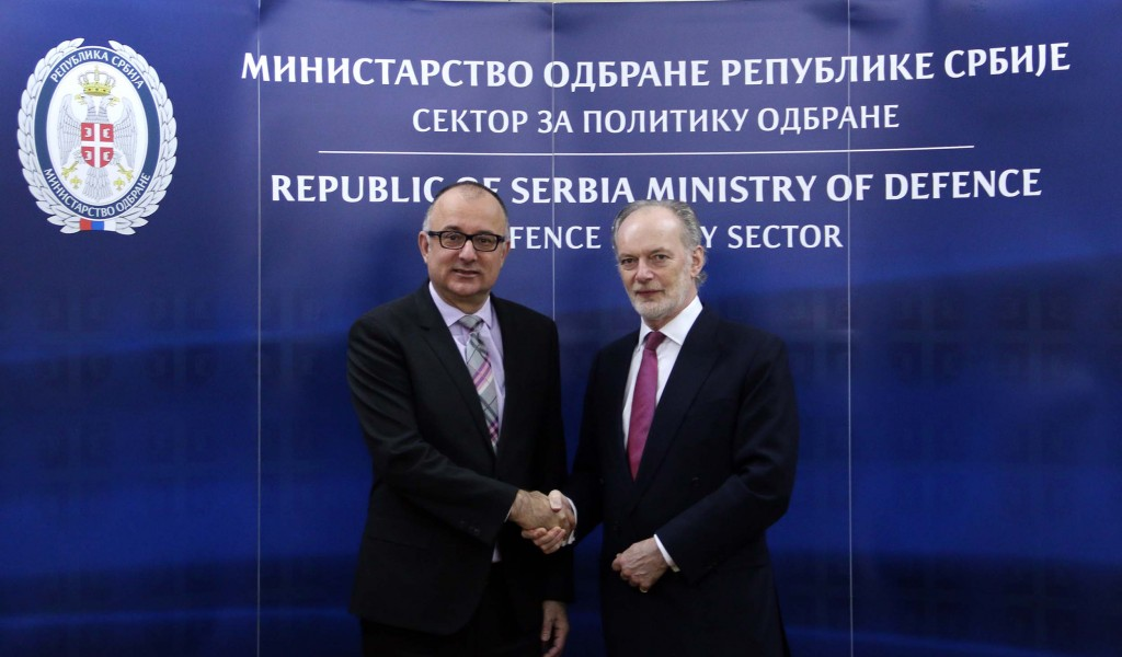 Састанак помоћника министра за политику одбране Ранковића са замеником помоћника генералног секретара НАТО за операције Перишем