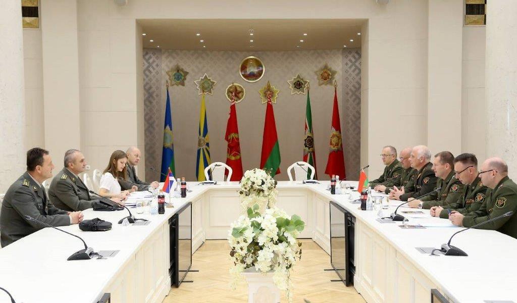 Посета делегације Сектора за буџет и финансије Белорусији