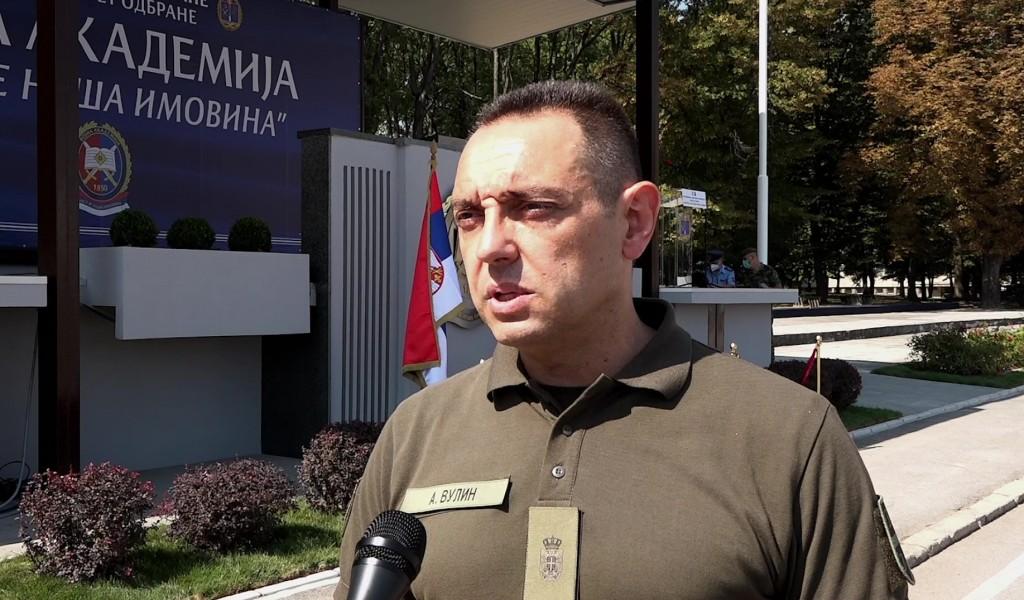 Ministar Vulin Vojska Srbije je obustavila rad na oko 200 različitih aktivnosti međunarodne vojne saradnje