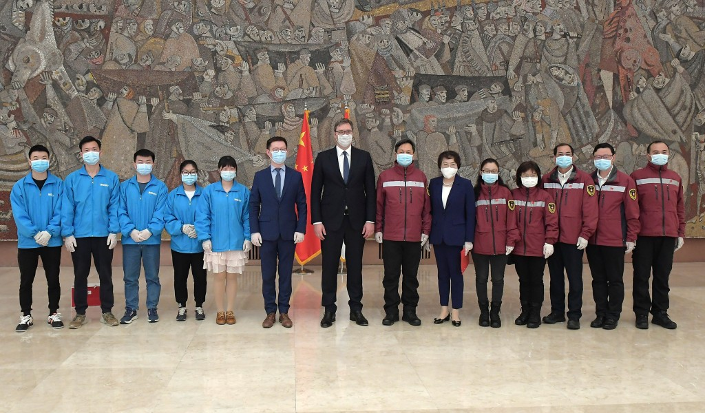 President Vučić Our deepest gratitude to the team of medical experts from China