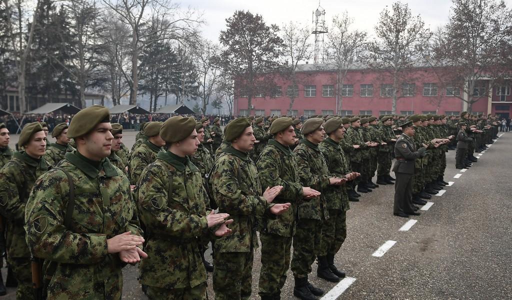 Министар Вулин Снажна и моћна војска гарантује сигуран и дуг мир