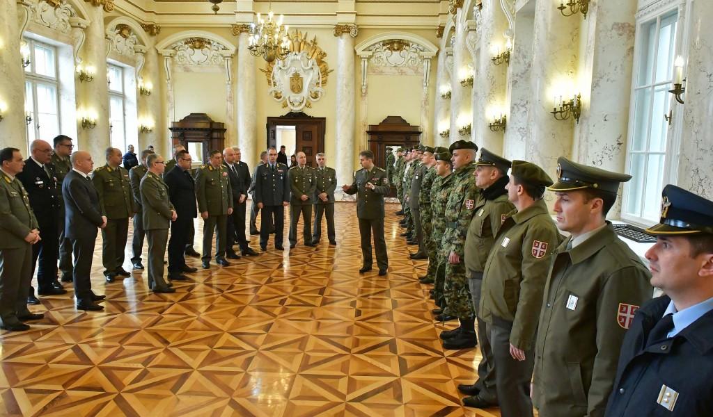 Побољшани визуелни идентитет припадника Војске Србије
