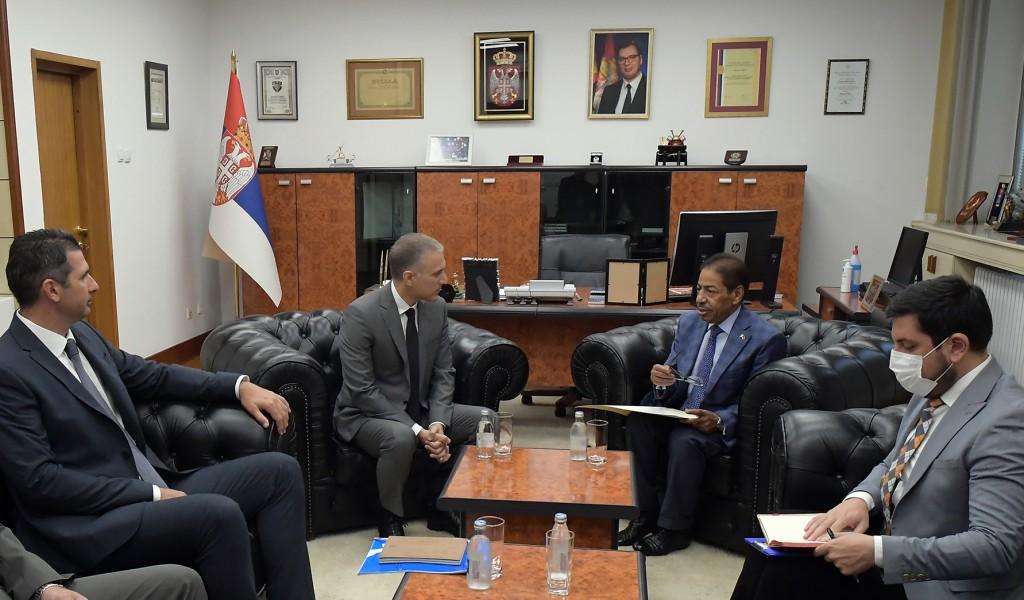 Minister Stefanović meets with Ambassador of Qatar Al Thani