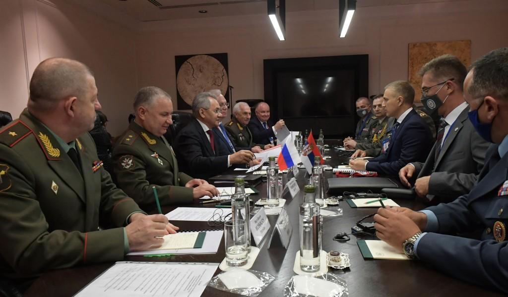 Састанак министара Стефановића и Шојгуа