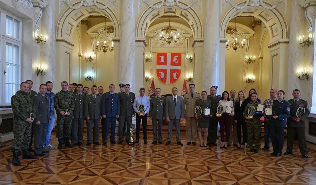Dodela priznanja i nagrada povodom Dana Vojske Srbije