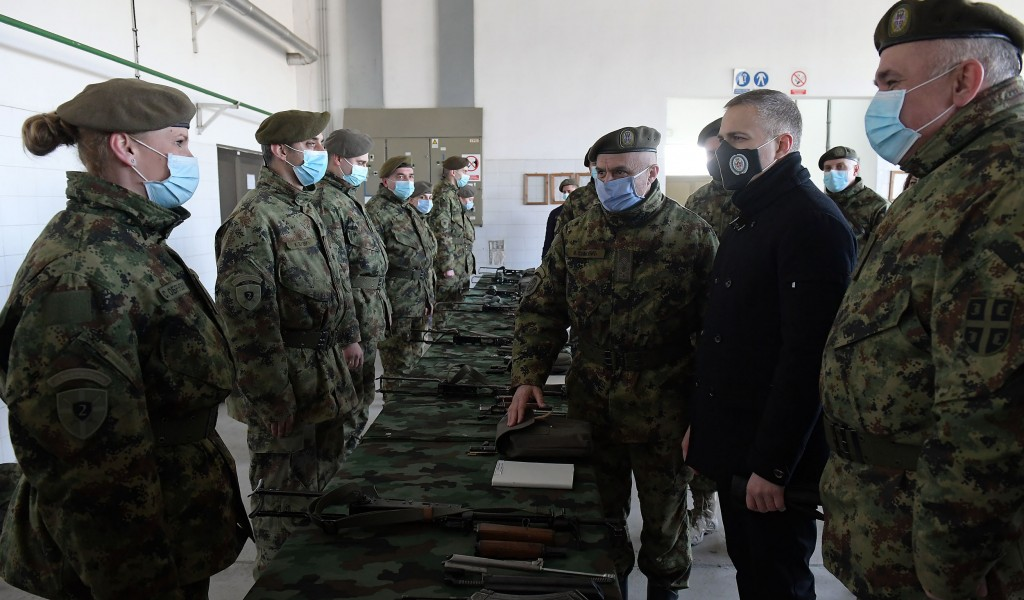 Ministar Stefanović Vojska je stub bezbednosti naše zemlje i neodvojivi deo naroda
