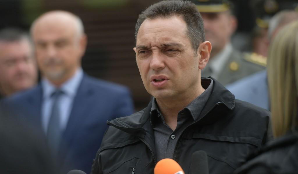 Министар Вулин Одговорност није на Србији