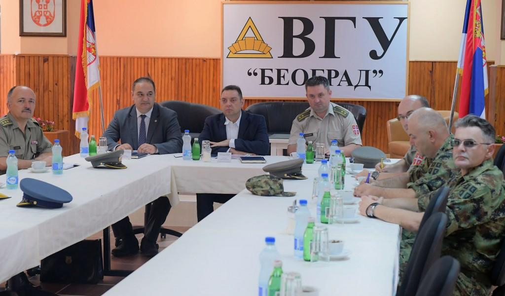 Министар Вулин Развијамо своје делатности у корист читавог друштва