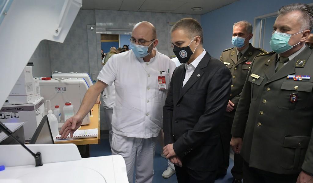 Министар Стефановић пустио у рад нови скенер у ВМА