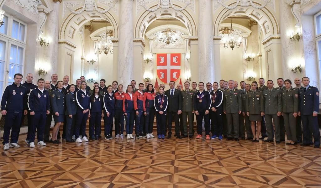 Ministar Vulin Ponosni na naše vojne sportiste