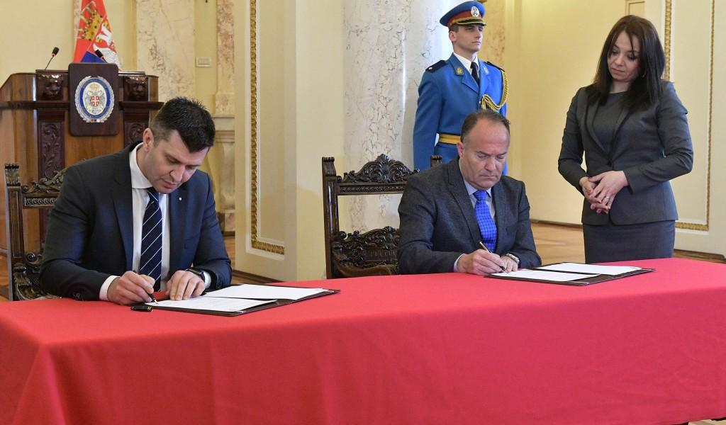 Потписан споразум о дуалном образовању за потребе Војске Србије