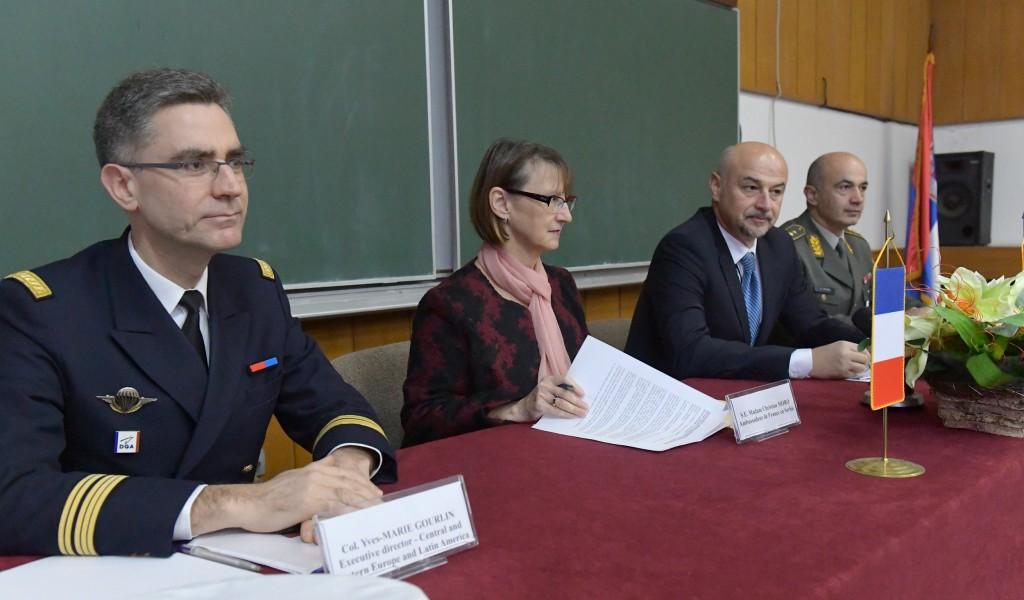 Индустријски форум француских и српских произвођача средстава НВО