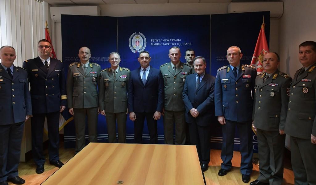 Ministar Vulin Vojsku Srbije više od svega čine ljudi