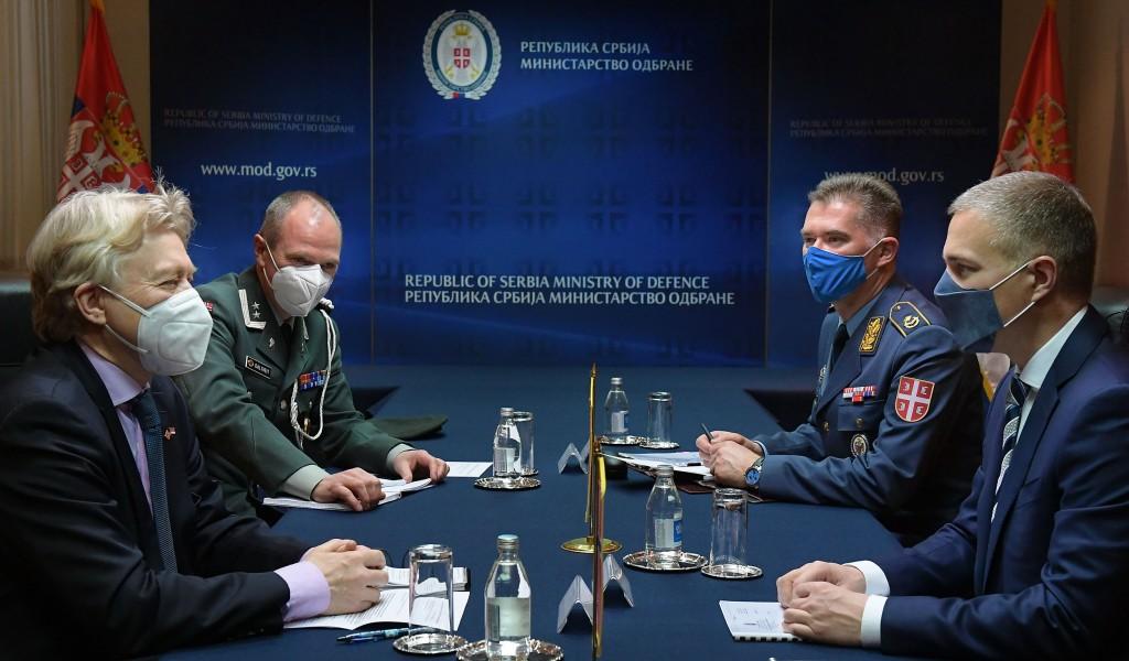 Састанак министра Стефановића са амбасадором Норвешке Гјелстадом