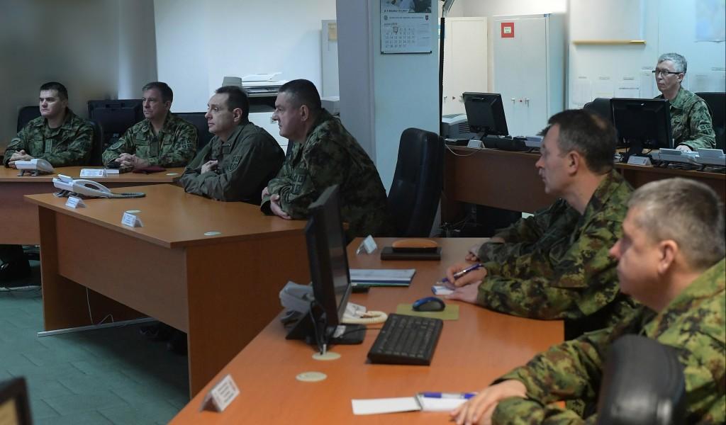 Министар Вулин обишао Оперативни центар система одбране првог дана 2020 године