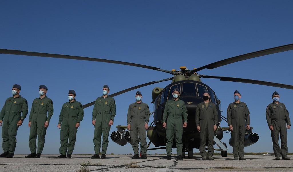 Министар Вулин Наши пилоти хеликоптера све што треба да знају научиће већ на Војној академији