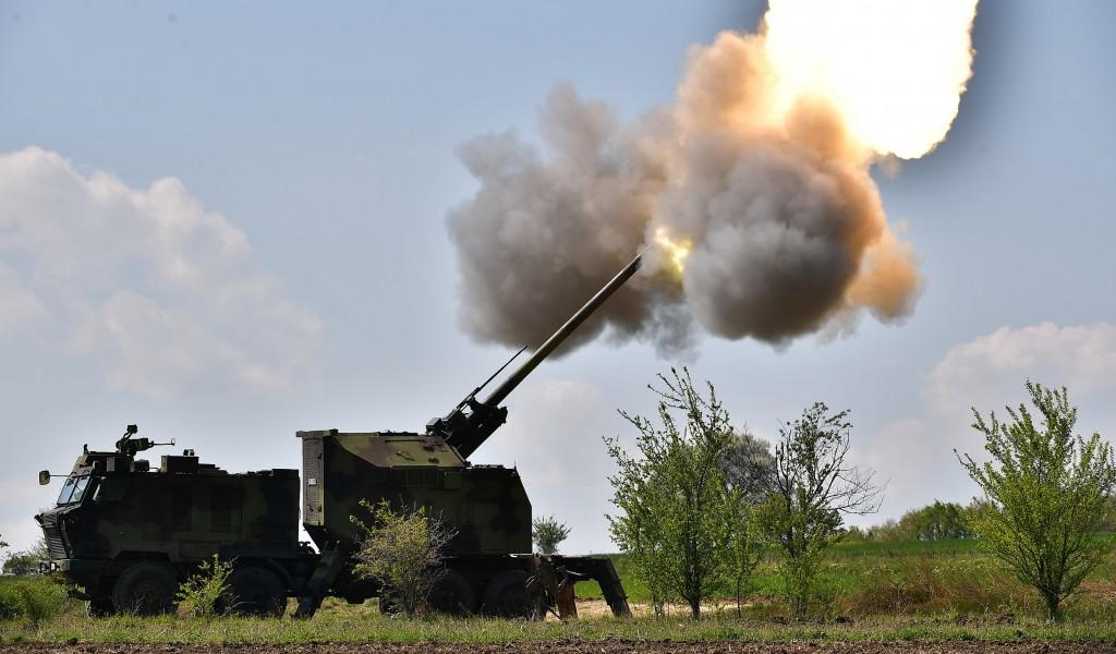 Samohodna top haubica 155 mm NORA B52 M15 ponos domaće odbrambene industrije