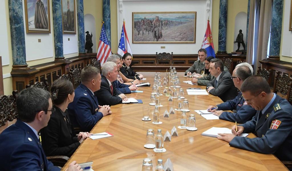 Састанак министра одбране и команданта Националне гарде Охајо