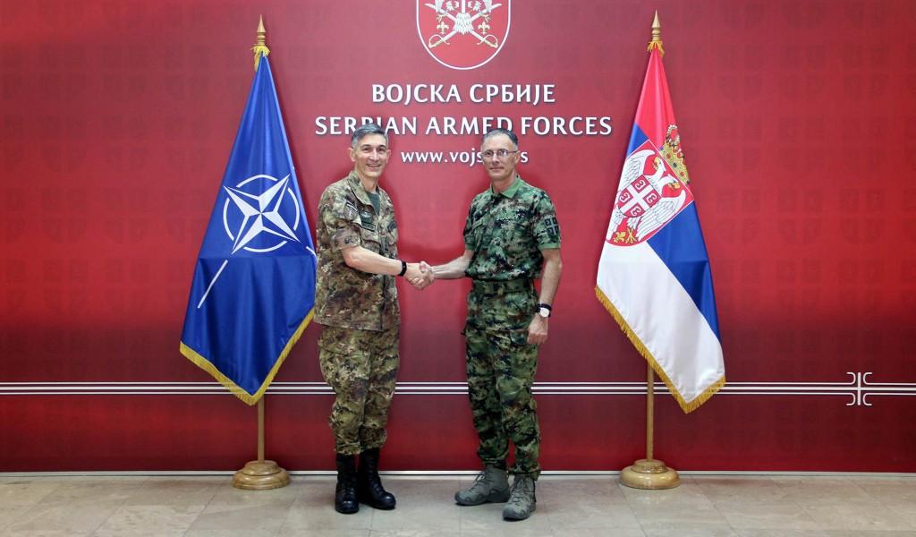 Начелник Генералштаба Војске Србије са командантом КФОР а у Београду