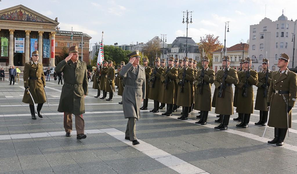 Начелник Генералштаба у посети Мађарској војсци