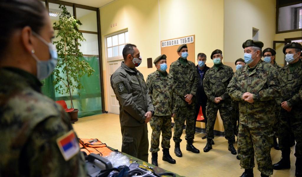 Министар Вулин Војно здравство је спремно за нови удар Короне