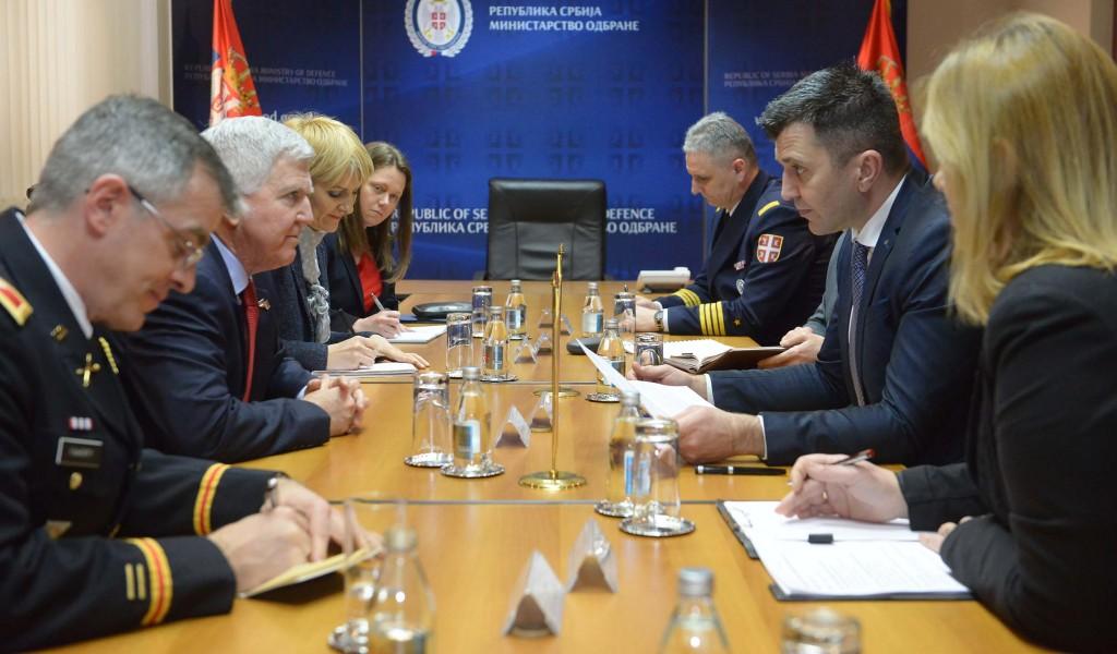 Састанак министра одбране с амбасадором САД