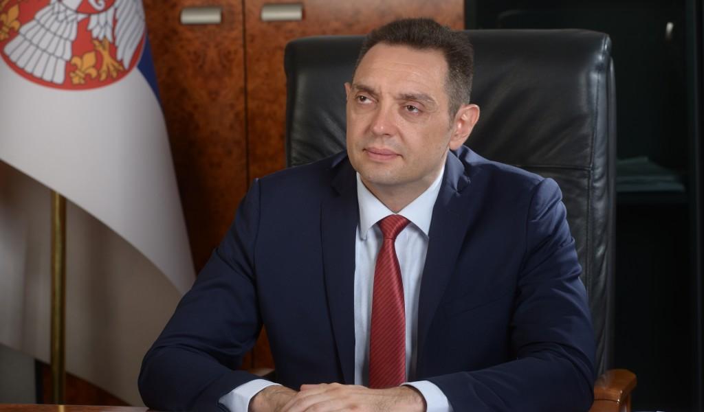 Ministar Vulin Vučić je državnik sve radi u interesu Srbije i Srba