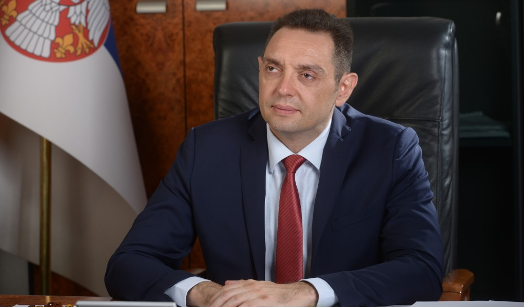 Minister Vulin: The only hybrid that arrives in Montenegro from Serbia is hybrid corn