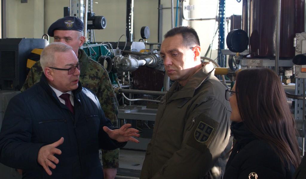 Министар Вулин Ремонт и модернизација четири авиона МиГ 29 Војске Србије у Белорусији одвија се квалитетно и по плану