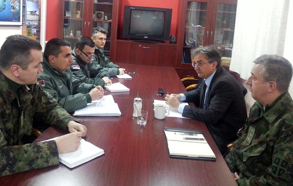 Министар Родић обишао 98 ваздухопловну бригаду и гарнизон Рашка