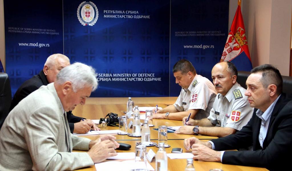 Састанак министра одбране са представницима војних пензионера