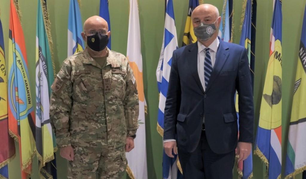 Помоћник министра одбране за материјалне ресурсе Милорадовић у посети Министарству одбране Кипра