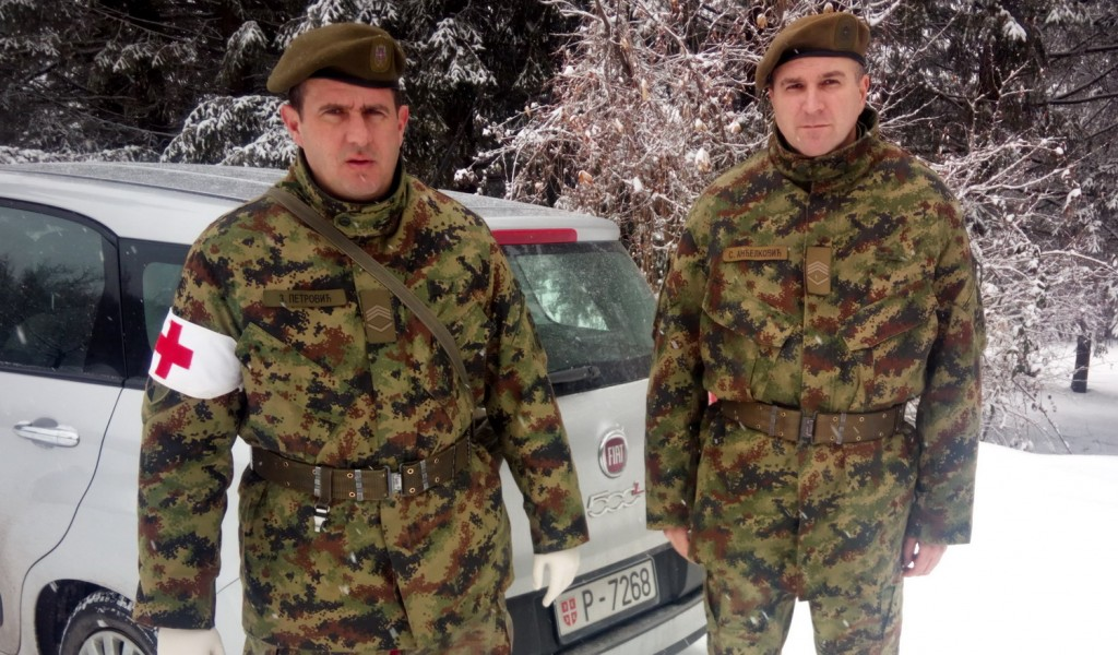 Members of the Serbian Armed Forces saved the life of a woman from Resavica
