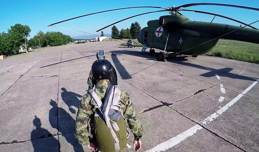 Падобранска обука кадета 140 класе Војне академије