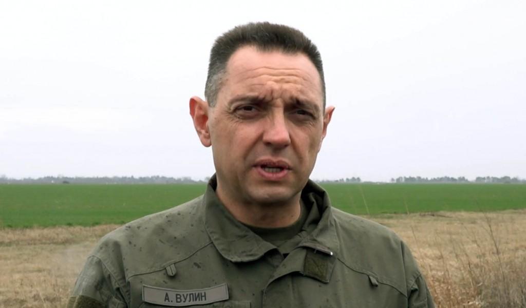 Министар Вулин Војска Србије спремна да заштити границу