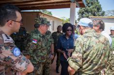 Начелник Генералштаба у посети нашим мировњацима у Централноафричкој Републици
