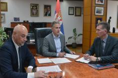 Minister Stefanović talks to U.S. Deputy Assistant Secretary of Defense Laura Cooper