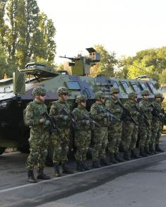Predsednik Vučić: Građani mogu da budu ponosni na svoju vojsku