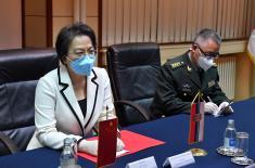 Sastanak ministra Stefanovića sa ambasadorkom Kine Čen Bo