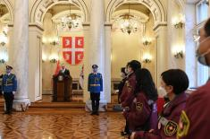 The highest military awards presented to the members of the Chinese medical team