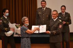 Уручене дипломе кадетима и студентима Војне академије