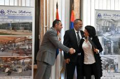 Ministar Vulin: Odbrambena industrija Srbije radi, raste i napreduje