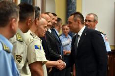 Састанак министра одбране са полазницима ВСБО