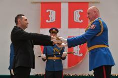 Premijerka Brnabić: Ponosim se Vojskom Srbije i sistemom vojnog obrazovanja