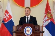 Словачки министар одбране Нађ у посети Србији