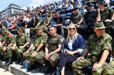 Министар Вулин на генералној проби заједничке вежбе Војске и МУП-а
