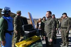Министар Вулин: Војска Србије ће обновити и вратити се у своје објекте уништене у НАТО агресији