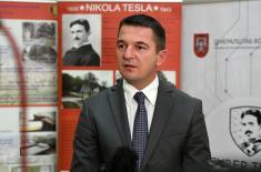 """Министар Вулин обишао учеснике вежбе """"Cyber Tesla 2019"""""""