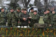 Министар Вулин: Први пут од 50-тих година инжињеријска јединица опремљена новим средствима
