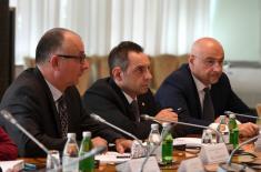 Sastanak ministra Vulina sa češkim ministrom odbrane Metnarom